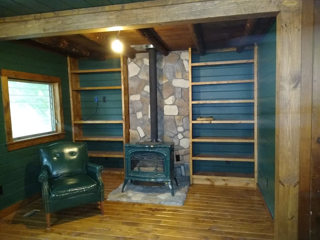 Fireplace Nook – Countdown to the opening of Cabin #11